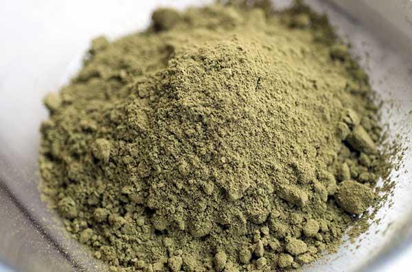 farina-di-marijuana-cannabis