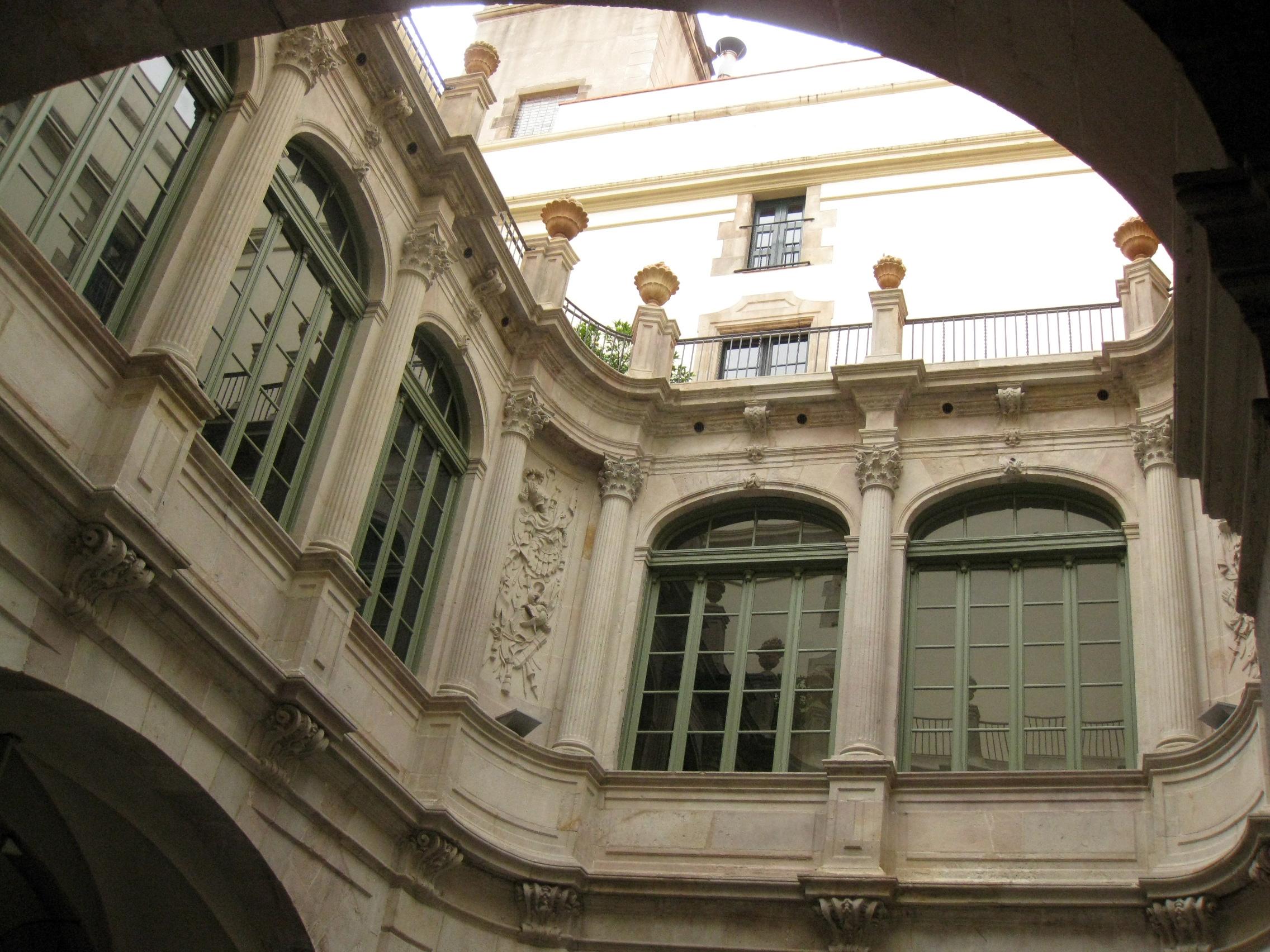 palazzo-virreina